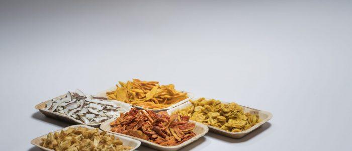 Varistor: Trockenfrüchte, Mango, Ananas, Kokosnuss, Banane, Papaya. (Bild Christoph Kaminski, kellenbergerkaminski)